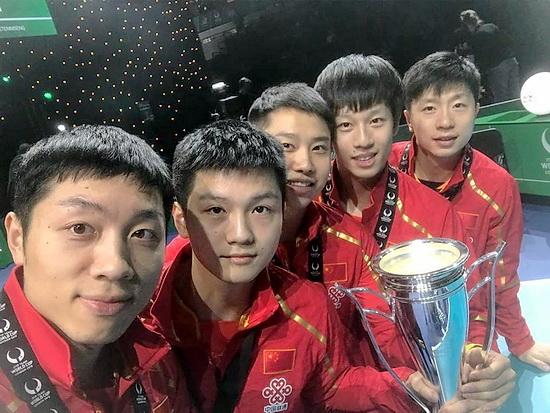 Командный Кубок Мира -  Лондон 2018 г. 1facebook-ITTFWorld-men-china-win